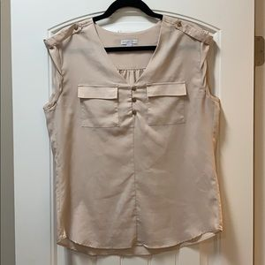 Sleeveless utility blouse